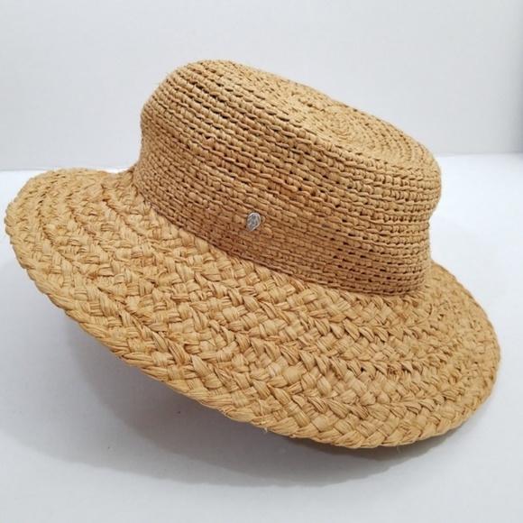 4071ba74b2ec7 Helen Kaminski Accessories - Helen Kaminski raffia braid straw sun hat